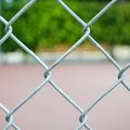 How to Paint a Chain-Link Fence