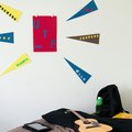 How to Hang a College Flag in My Dorm