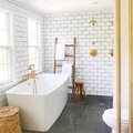 This Is How You Nail the Brass Bathroom Trend