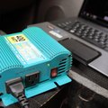 How to Connect a Power Inverter