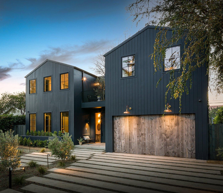 A Scandifornian Home Prioritizes Indoor/Outdoor Living
