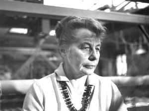 portrait of Gunta Stolzl with necklace