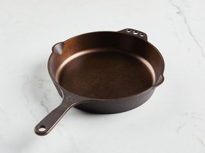 Smithey No. 10 Cast Iron Skillet