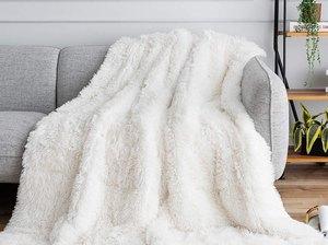 Buzio Faux Fur Weighted Blanket