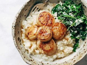 Pinch of Yum Brown Butter Scallops with Parmesan Risotto