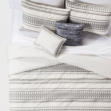 light gray pattern comforter set