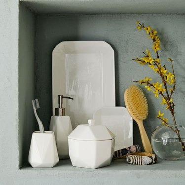 Faceted Porcelain Bath Accessories