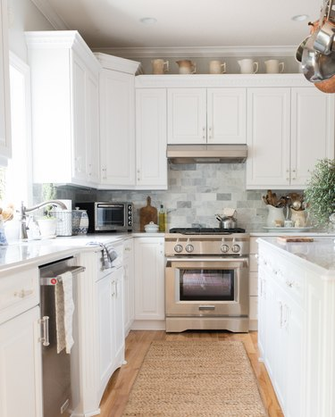 jute rug for kitchen floor in white and marble space