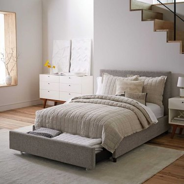 small bedroom idea with multi-functional bed with storage