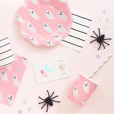 The Party Darling Pink Ghost Dessert Plates