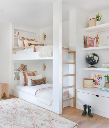 kids' bedroom idea with white and soft pink palette and bunk beds