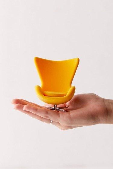 Mini Egg Chair Figure