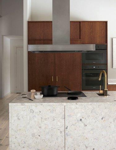 Minimalist oak kitchen