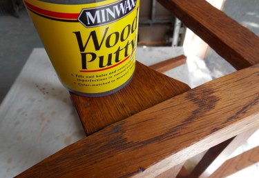 Can of wood putty.
