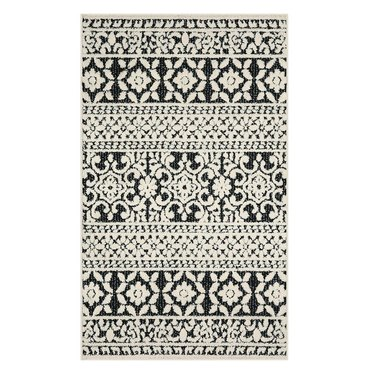 farmhouse medallion patterned rug