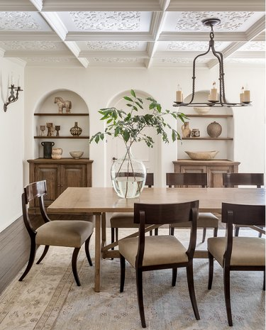 Traditional Arch-Shaped dining room shelves