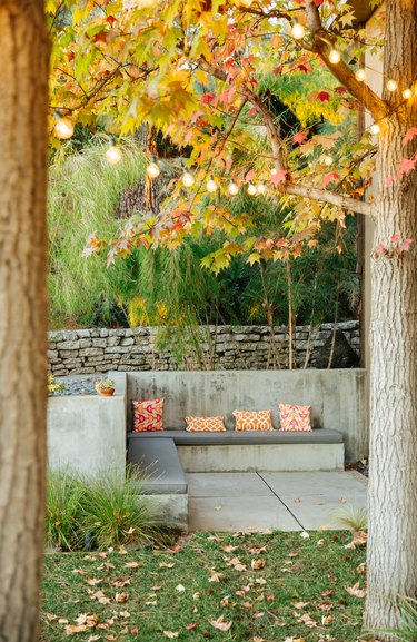 outdoor concrete bench seating