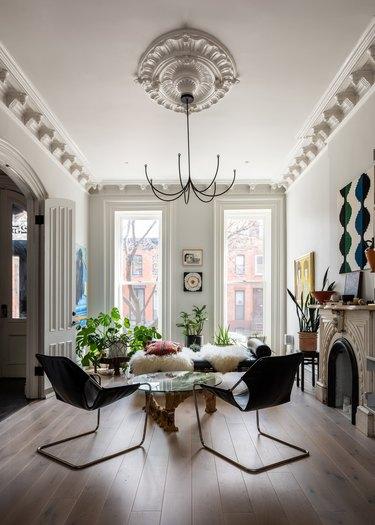 Modern chandelier in living room.