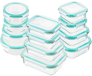 glass food storage containers with lids and teal lining
