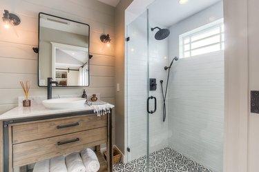 Farmhouse Shower Ideas Spazio LA