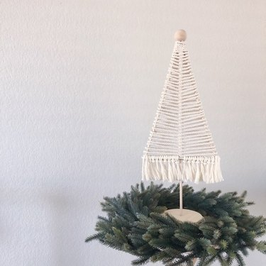 JMacrame Designs Macrame Tree, $15