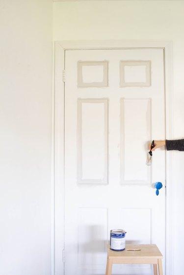 Painting door panel
