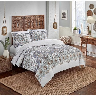 medallion bed spread