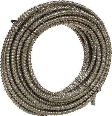 Blexible metal conduit.