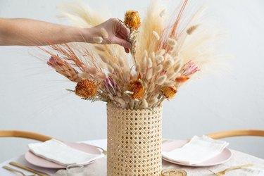 How to make a dried grass arrangement for wedding centerpiece