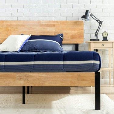 zinus olivia metal and wood platform bed