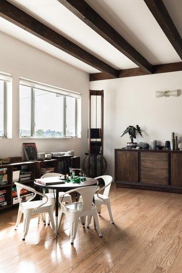 Julie Burton of Verre Modern's Home