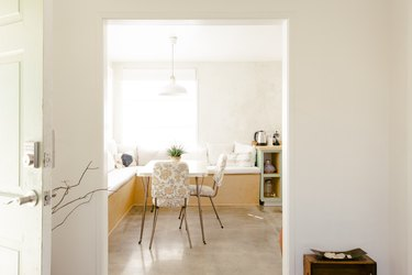kitchen nook with table and chairs
