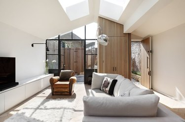 a previous wood shed becomes chic, modern London home