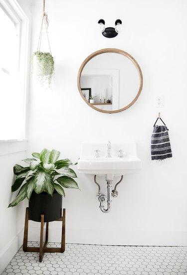 Retro bathroom vanity lights painted black