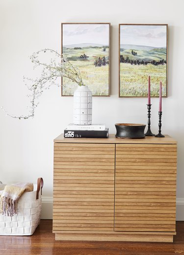 Cabinet with decorative objects in traditional living room