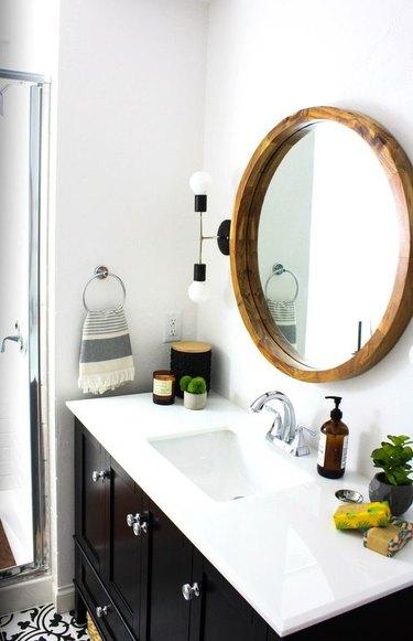 bathroom wall lighting idea in small bathroom