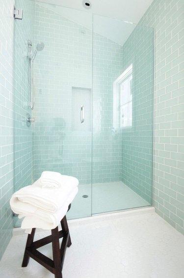 glass tile bathroom idea