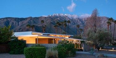 Midcentury modern prefab home in Palm Springs, California