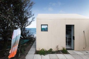 French beach cabin