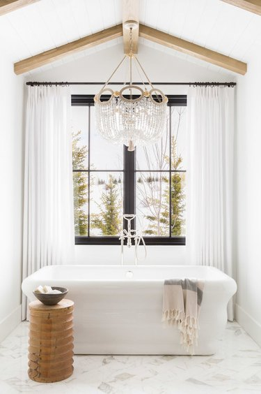 bathroom lighting idea