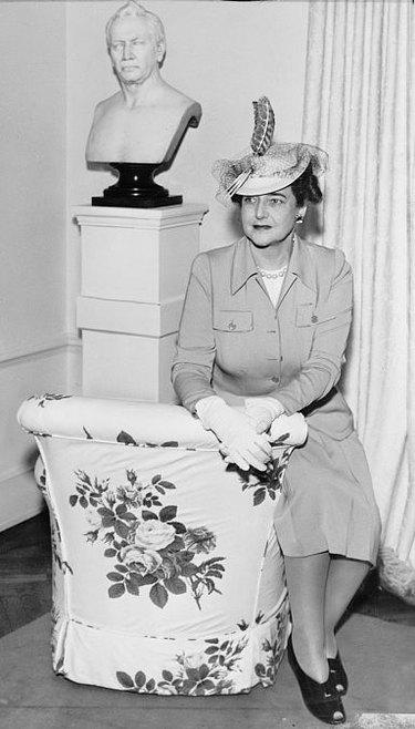 Dorothy Draper in 1942