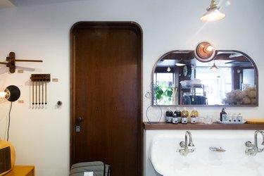 wall-mounted bathroom sink