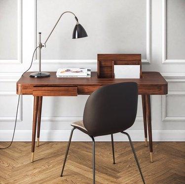 apt2b teller desk