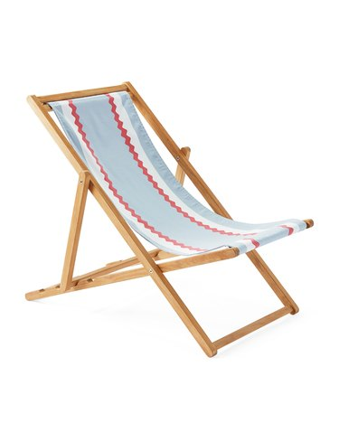 beach chair with blue red and white stripes