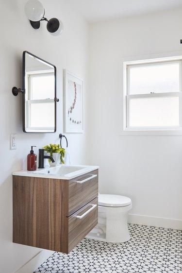 Floating vanity bathroom trend