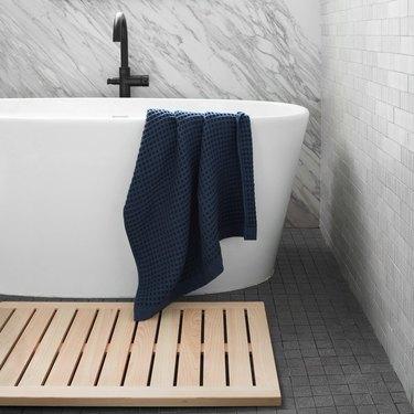 hinoki wood minimalist bath mat