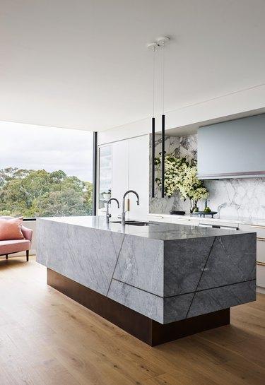 blue and gray kitchen idea
