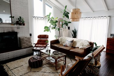 midcentury modern bohemian living room with midcentury furniture and boho accessories