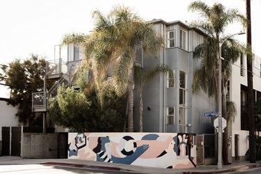Hunker House Mural