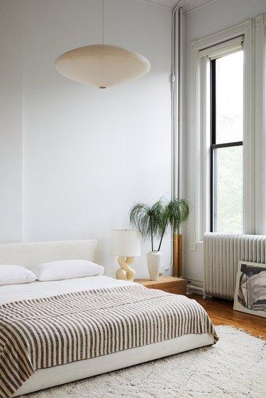 white bedroom ideas with pendant light